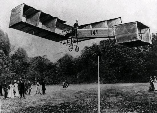 12 November 1906: The first flight by Santos-Dumont | World