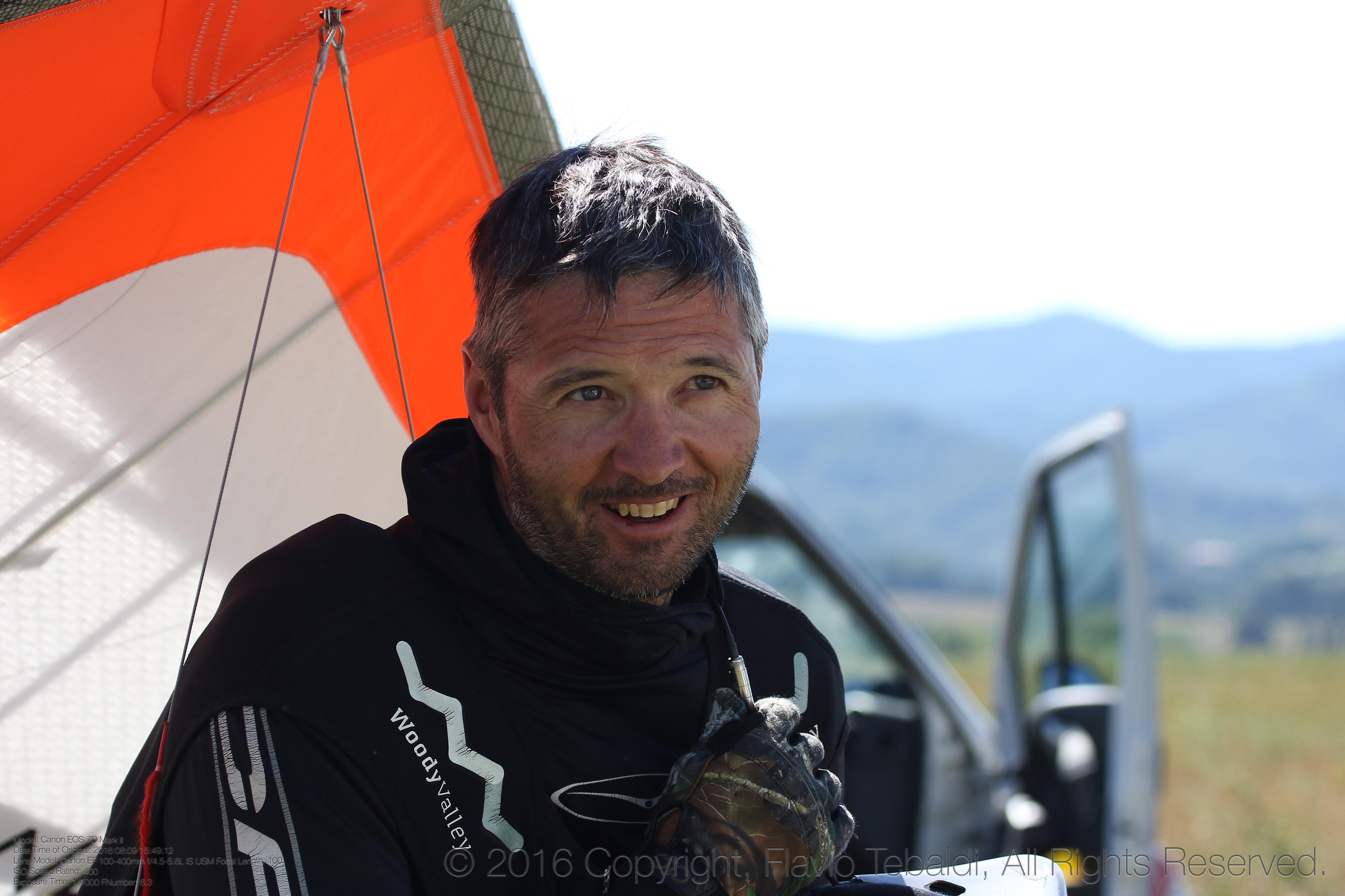 PILOT PROFILE: 60 seconds with hang gliding champion Christian Ciech