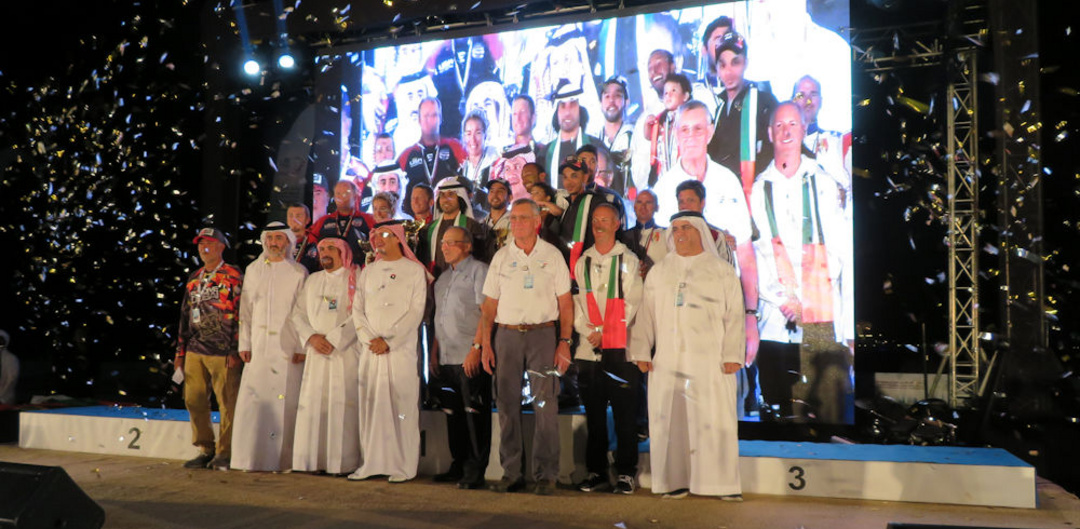 Medlal Winners and Organising Committee Dubai